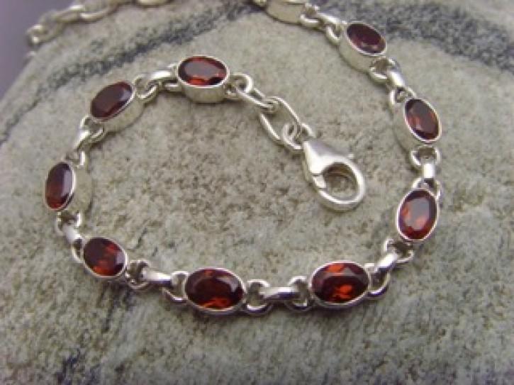 Armband - facettierter Granat - 925'er Silber