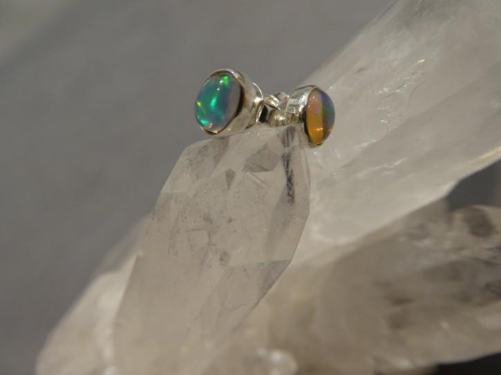 Ohrstecker-Opal / oval / 925'er Silber