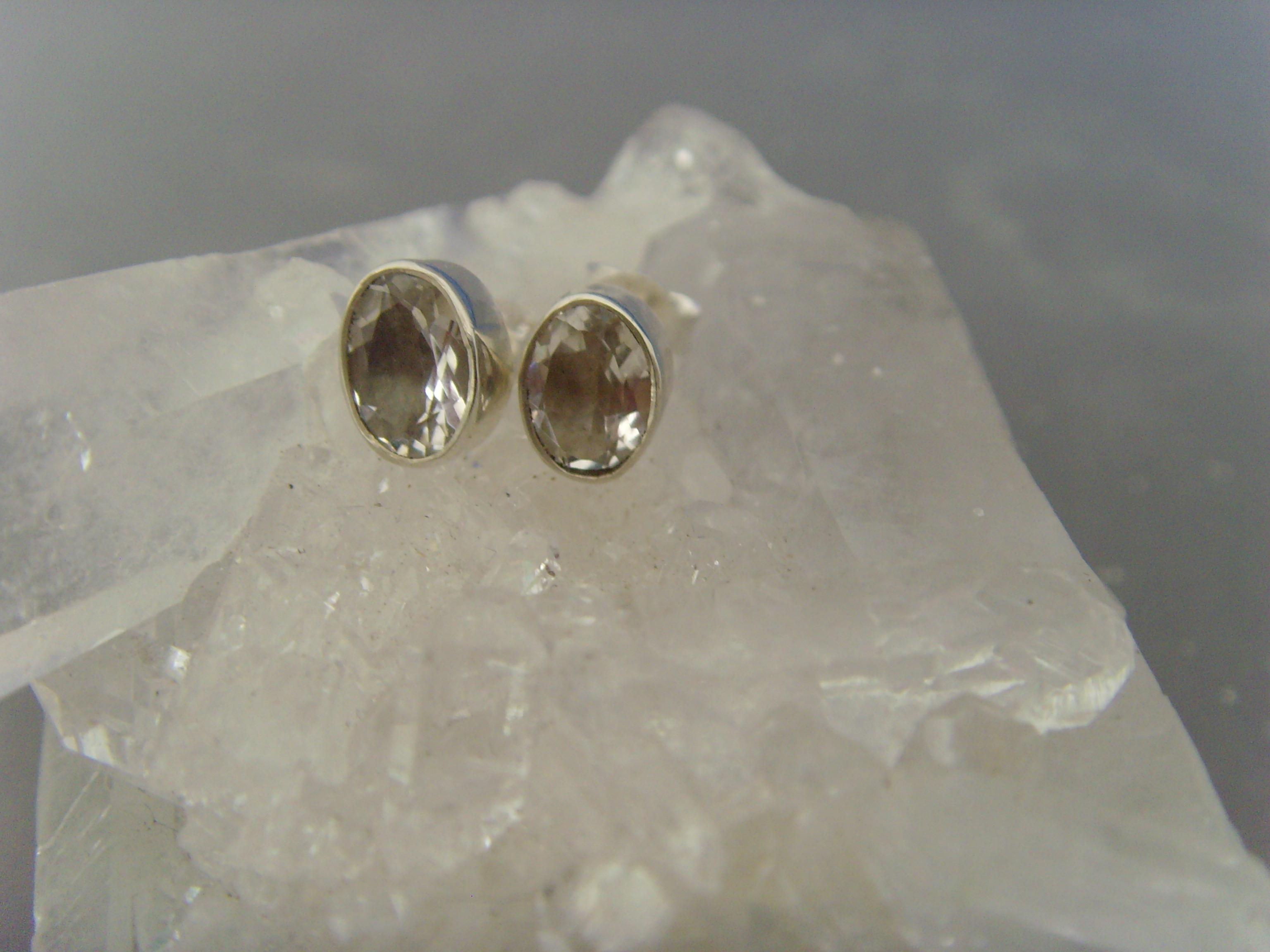 Ohrstecker-Bergkristall / facettiert - oval - 925'er Silberl