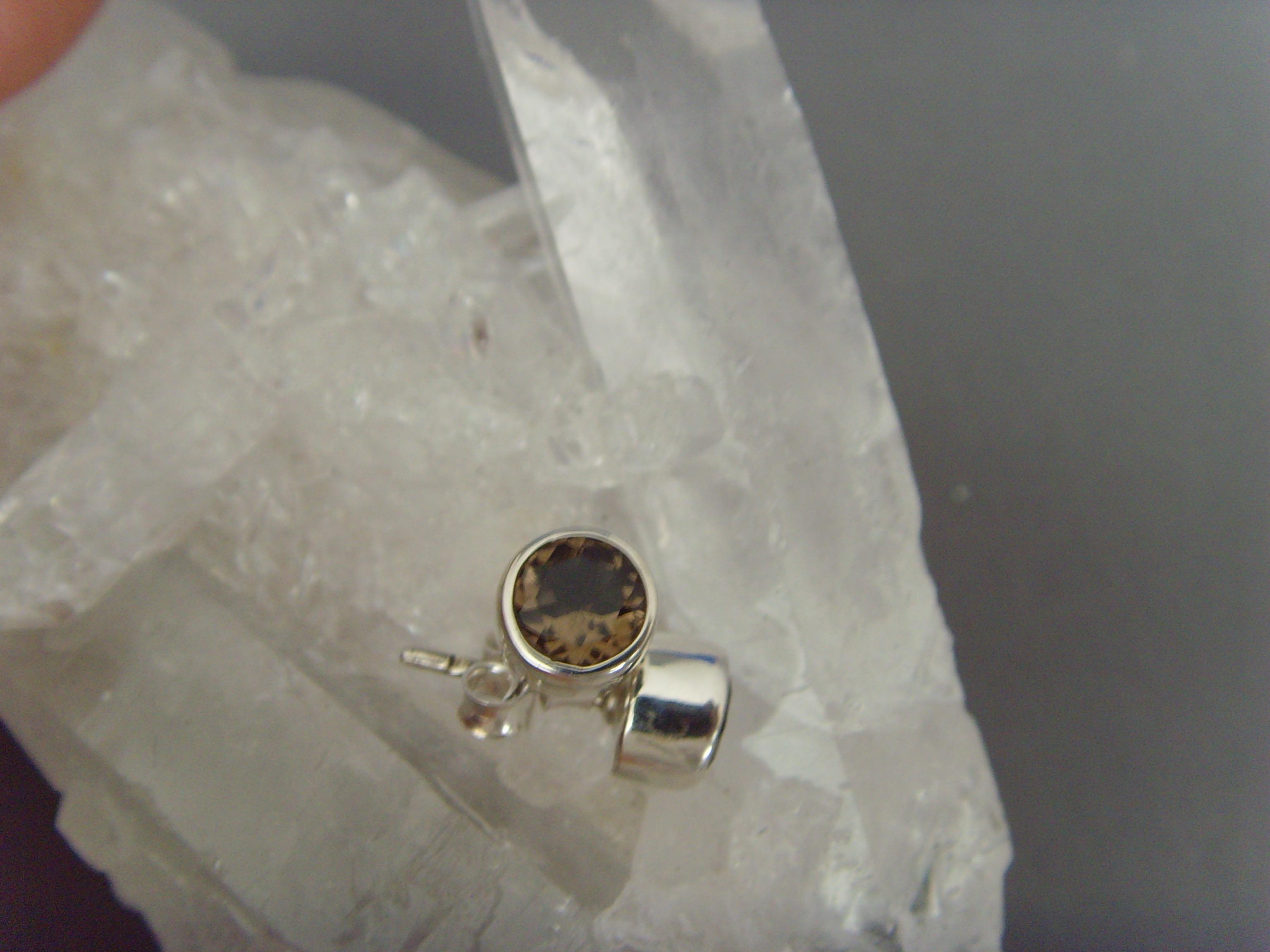 Ohrstecker-Rauchquarz / facettiert - rund - 925'er Silber