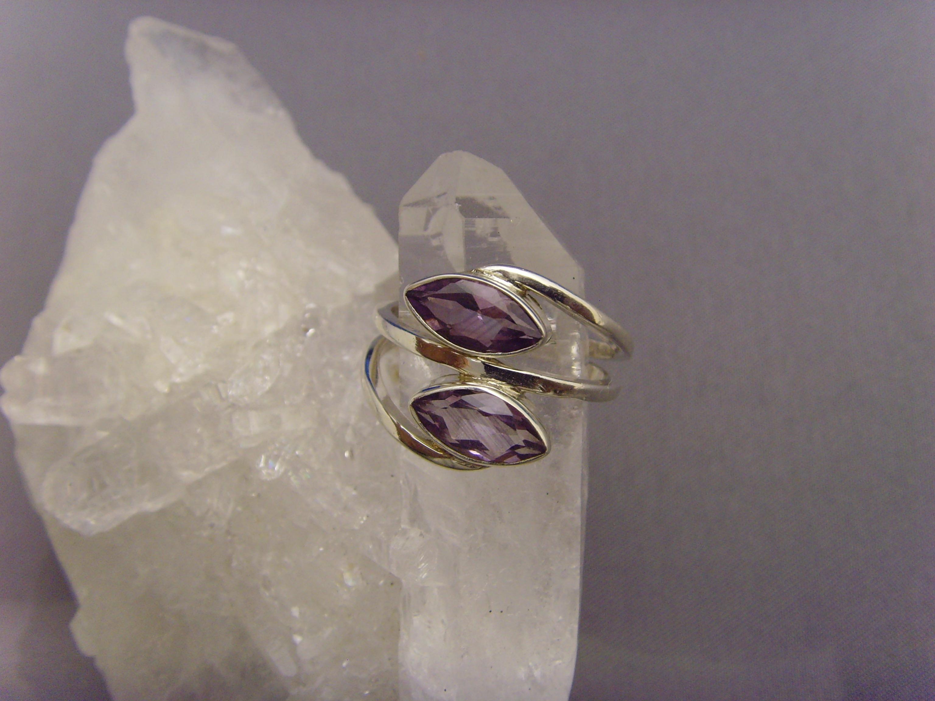 Amethyst - Ring / 925'er Silber / Navettenform